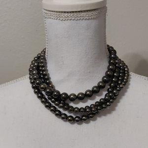 Statement necklace pearl grey adjustable